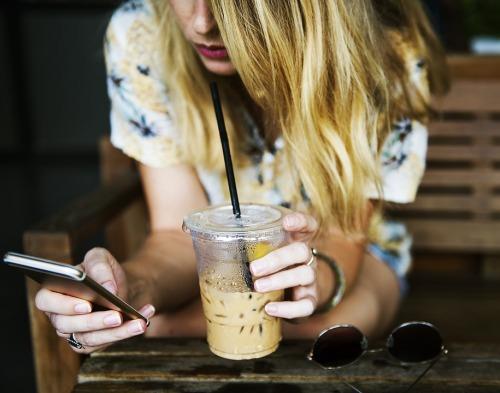 Online Dating Tinder